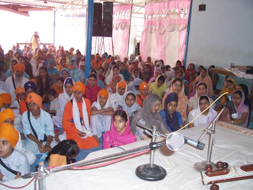Gurmat Sangeet Workshop 2006 (37)