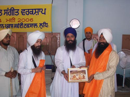 Gurmat Sangeet Workshop 2006 (58)
