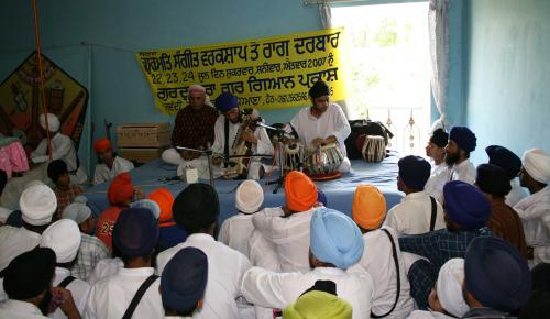 Gurmat Sangeet Workshop 2007 (12)