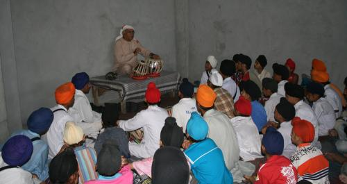 Gurmat Sangeet Workshop 2007 (4)