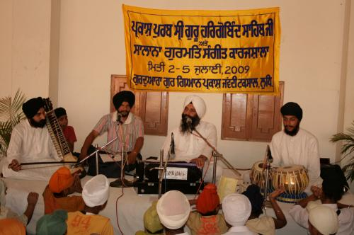 Gurmat Sangeet Workshop 2009 (13)