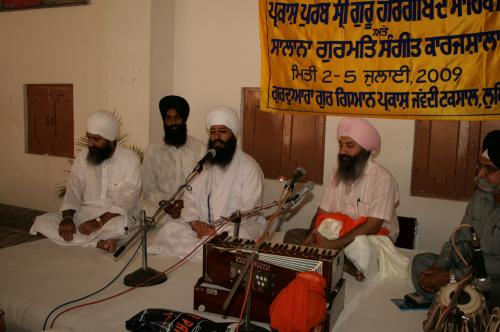 Gurmat Sangeet Workshop 2009 (18)