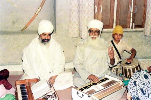 Gurmat Sangeet Workshop 1992 (1)