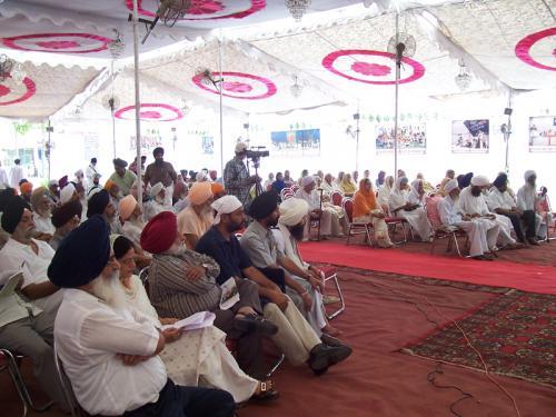 Sant Baba Sucha Singh Ji Di Dharam Te Sanskriti Noo Dain (August 26, 2005) (10)