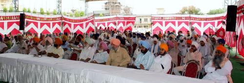 Sikh Panth nu Darpesh chunautiyan Seminar was organized by Vismaad Naad, Ludhiana  (11)