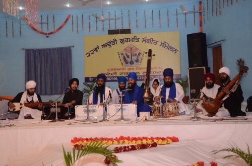 Adutti Gurmat Sangeet Samellan 2013 (31)