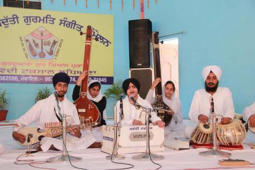 Adutti Gurmat Sangeet Samellan 2013 (66)