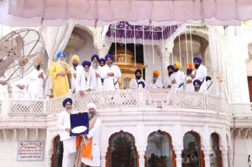 Sant Baba Sucha Singh ji honoured from Akal Takhat Sahib, award received by Sant Baba Amir Singh ji (26)