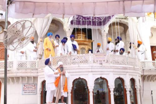 Sant Baba Sucha Singh ji honoured from Akal Takhat Sahib, award received by Sant Baba Amir Singh ji (7)