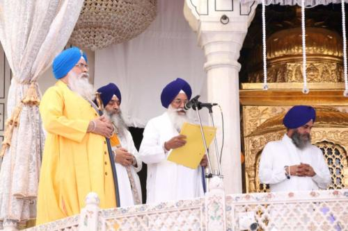 Sant Baba Sucha Singh ji honoured from Akal Takhat Sahib, award received by Sant Baba Amir Singh ji (9)