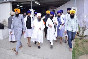 Sant-Baba-Amir-Singh-ji-and-Singh-Sahib-Giani-Gurmukh-Singh-ji-Jathedar-Takhhat-Sri-Damdama-Sahib-Sabho-ki-Talwandi 2