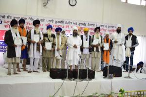 Sant-Baba-Amir-Singh-ji-honouring-participates-Path-Bodh-Samgam-2015