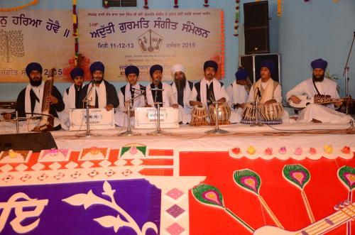 Students of Jawaddi Taksal 21